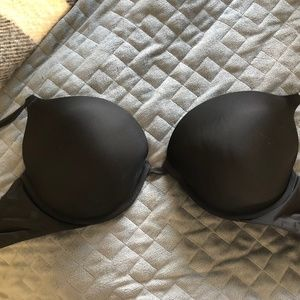 Victoria's Secret 38C Black Push Up Bra